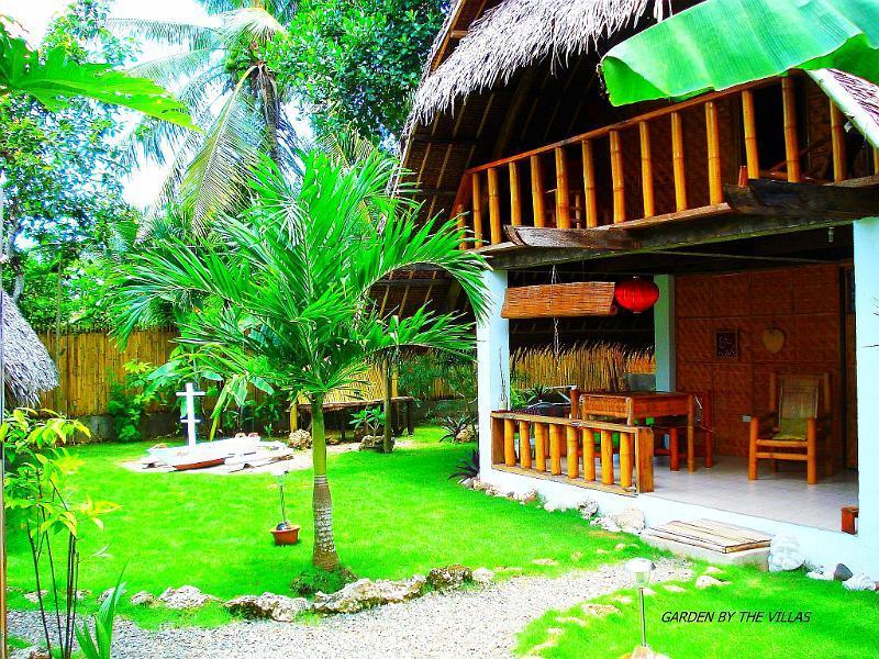Alumbung garden view by villas