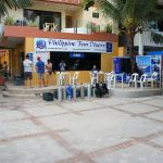 Philippine fun divers divers alona beach panglao bohol getting ready for fun diving