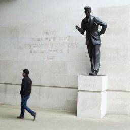 George Orwell – Martin Jennings