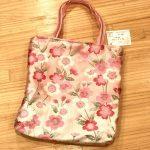 No.83 桜のトートバッグ … ¥1,800 (帯)(大きさ:縦30cm 横27cm マチ4cm)