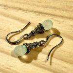 No.7 bud 2 … ¥2,000 (大きさ:0.7cm x 1.5cm)(カルセドニーカット)