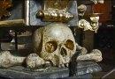 Средневековый ужас: Костница — часовня, украшенная костями 40 тысяч умерших людей