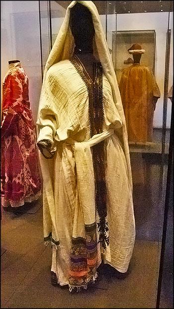 Традиционный наряд еврейской женщины из Эфиопии