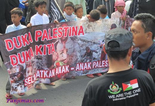 Foto Aksi Solidaritas & Penggalangan Dana Untuk Muslim Gaza di Klaten 1