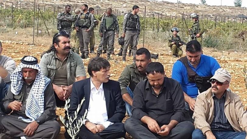 Abu Ain ikut membela warga palestina