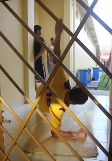 Imigran syiah latihan fisik 2