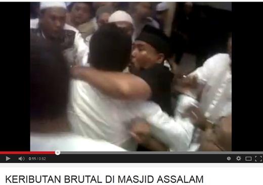 Keributan di Masjid Assalam Muhammadiyah Cengkareng