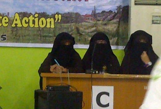 Siswi Bercadar SMA Islam Ulun Nuha Medan Sumut