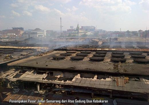 Pasar Johar Semarang Kebakaran