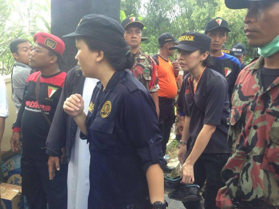 Tim forensik dari Polda Jateng yang ternyata murid Dr Gatot, Ketua Tim Forensik dari Muhammadiyah
