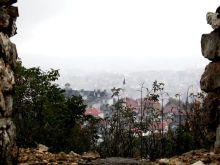 Na wzgórzach- widok na miasto