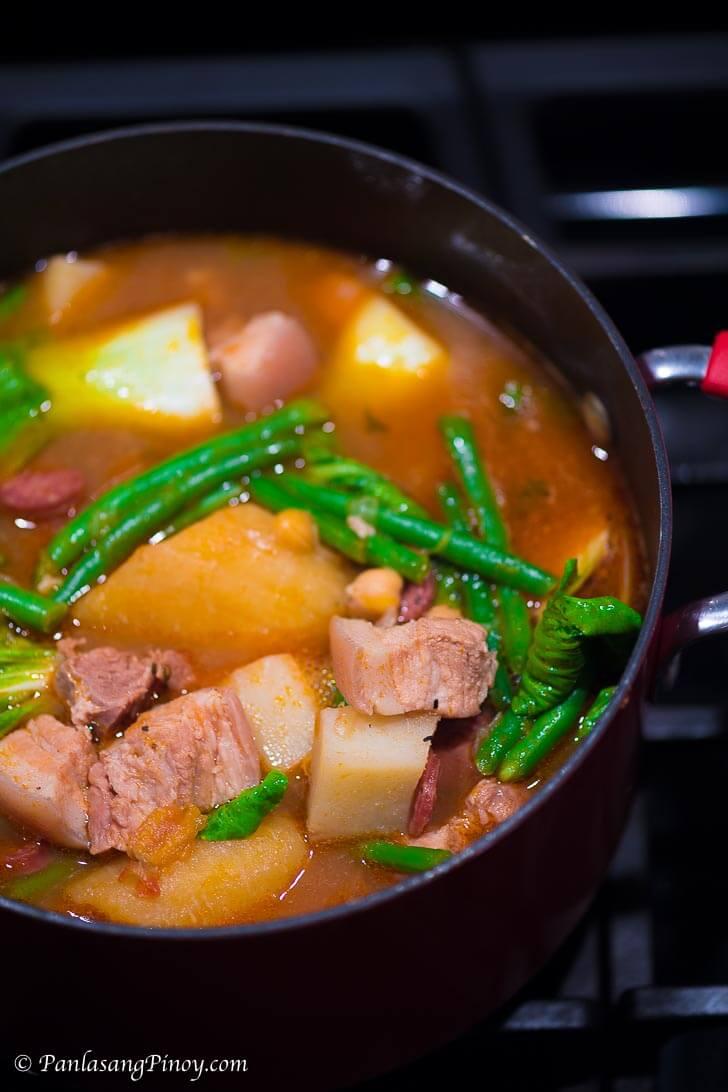 Pork Pochero Recipe - Panlasang Pinoy