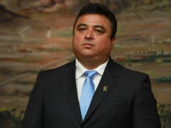 Víctor Pérez Díaz informó que el recorte de personal sería de 100 empleados
