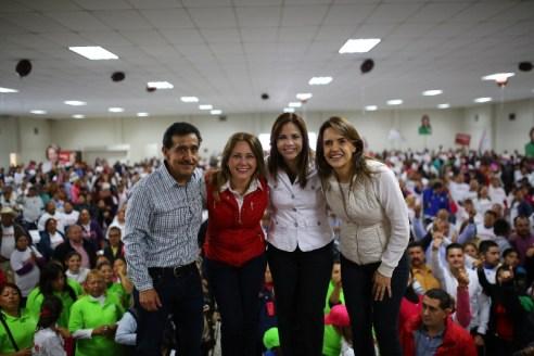 Regular su tierra, es a los que se compromete Ivonne Álvarez con habitantes de Escobedo.