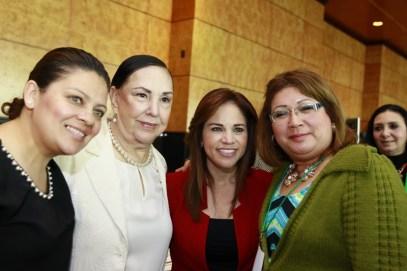 Ivonne Álvarez García propone igualdad laboral