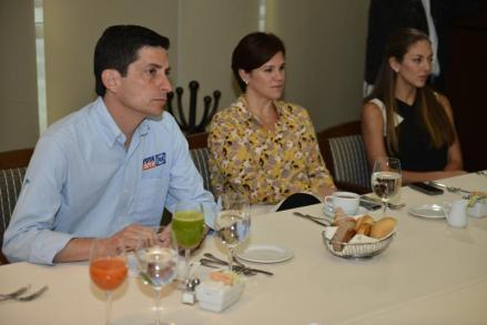 Felipe de Jesús Cantú, candidato a la Gubernatura por el PAN, anunció que ofrecerá ampliar el fomento a las diversas muestras que existan al respecto.