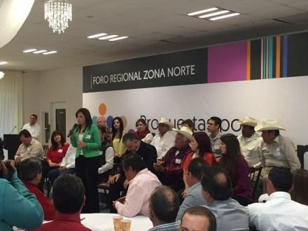 Recorre siete municipios del estado, Ivonne Álvarez García.