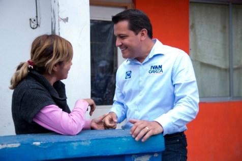 Iván Garza, propuso establecer el programa Minisuper Contigo, para ofrecer productos a bajo costo