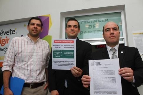 El PAN en Nuevo León presentó ante la Comisión Estatal Electoral una denuncia por falsedad de información sobre su residencia