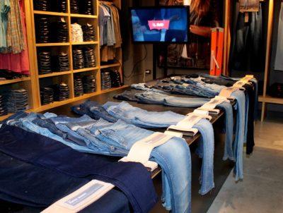 Levi's presentó su colección de jeans Lote700