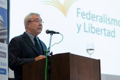 El Tata Yofre presenta su libro sobre Perón en #Tucuman