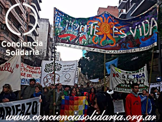 #Córdoba marcha de Conciencia Solidaria en defensa del Bosque Nativo