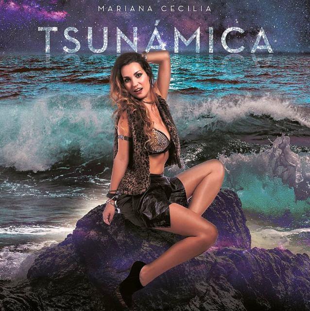 """Mariana Cecilia presentó """"Tsunámica"""" con un show cargado de emoción en El Benny"""