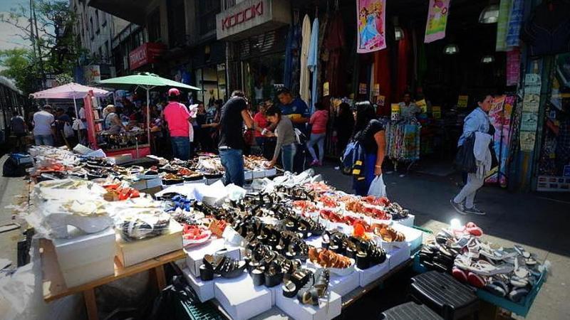 La venta ilegal callejera en ciudad de Buenos Aires subió 2,9% interanual en octubre