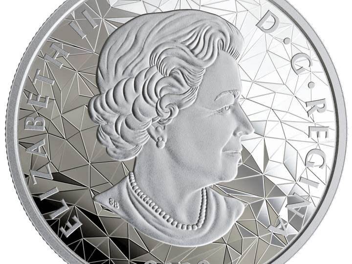 Se acuñan monedas de oro y plata pura para coleccionistas en las instalaciones de Winnipeg de Royal Canadian Mint