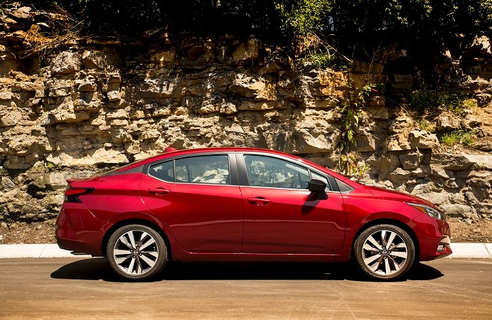 El totalmente nuevo Nissan Versa se corona como ganador en los premios Automotive Best Buy en Estados Unidos