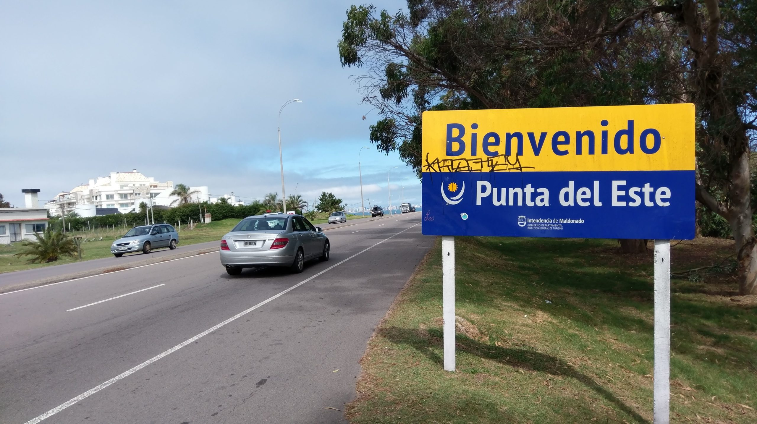 Uruguay cierra fronteras del 21 de diciembre al 10 de enero por el aumento de casos de coronavirus