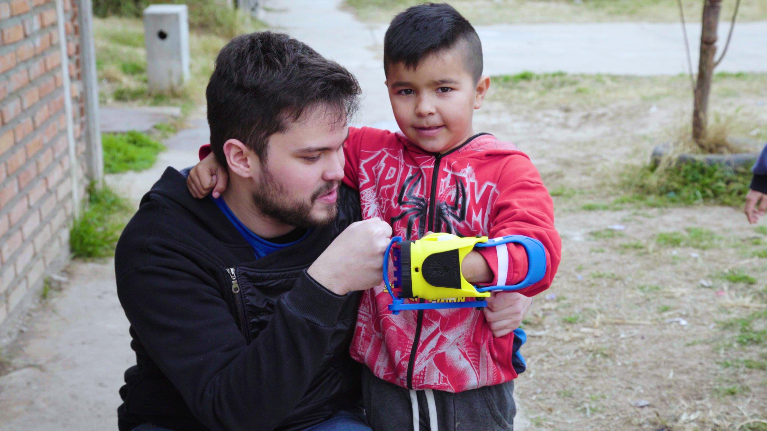 Mil Manos por Argentina: el docu-reality de Gino Tubaro se estrena en exclusiva en Flow