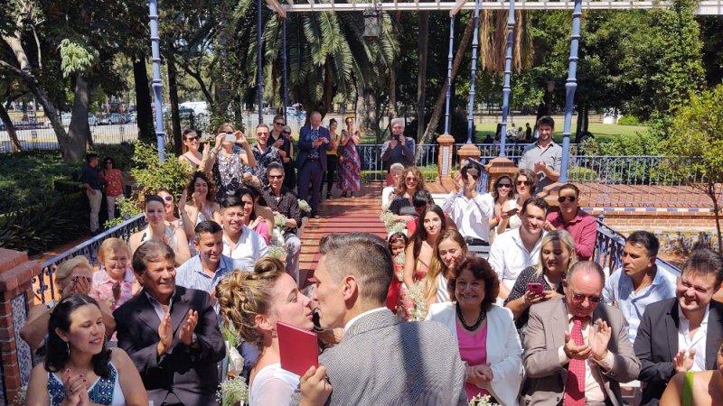 """Los tangueros Camila Fontan y Matías Fernando Díaz dieron el """"si"""" en el día de San Valentín"""
