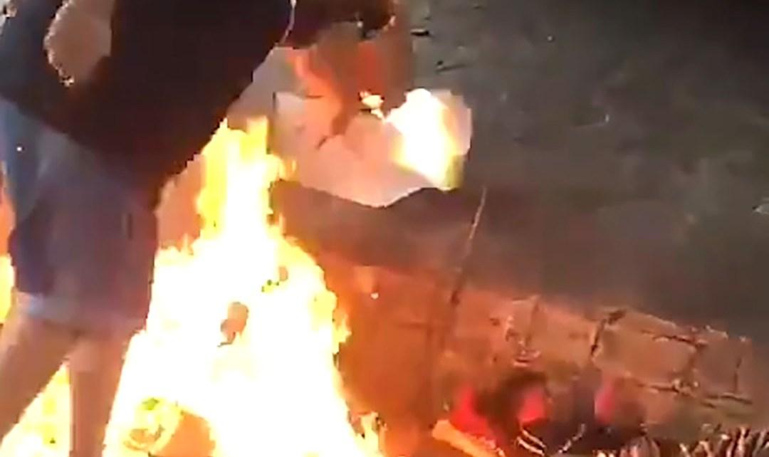 Prenden fuego a un hombre en situación de calle en Mar del Plata