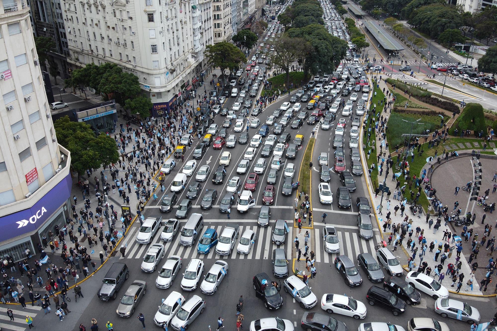 Banderazo y movilizaciones en la ciudad de Buenos Aires y varias provincias por Vicentin