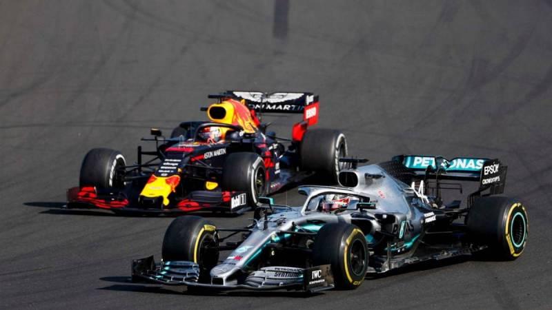 Red Bull - Mercedes