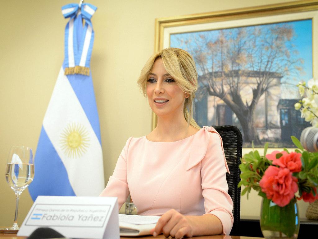 Fabiola Yañez abogó por las mujeres rurales en un encuentro de primeras damas con la FAO
