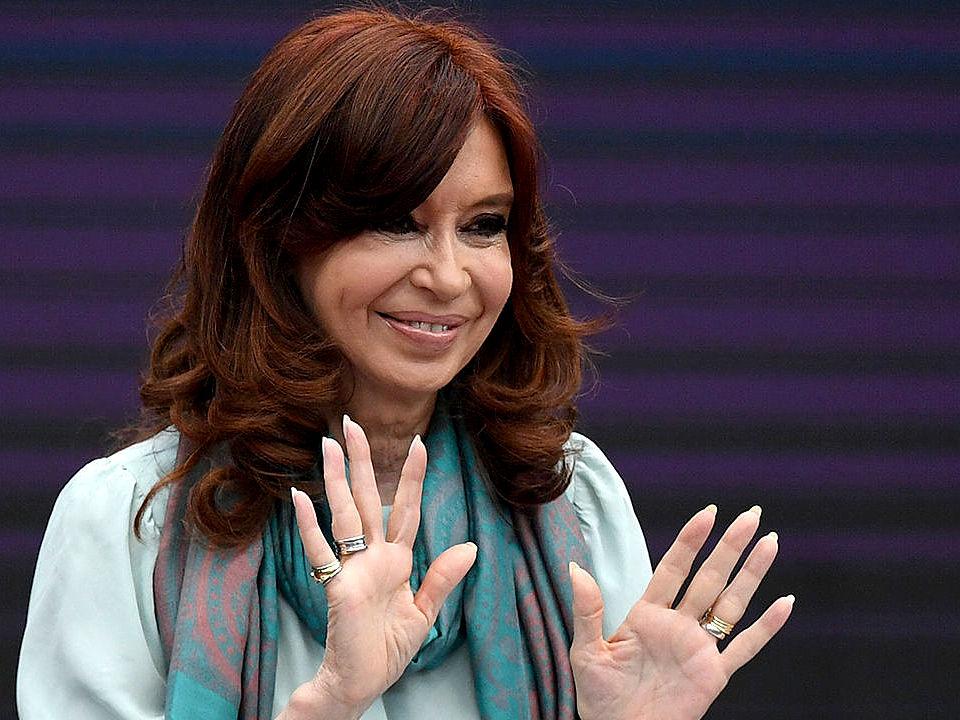 Cristina Kirchner pidió a Diego Santilli que se retire el vallado instalado alrededor del Congreso