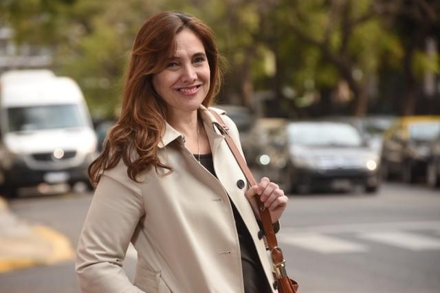 """Eugenia García anunció el lanzamiento de su primera novela """" Fantasmas Voraces"""""""