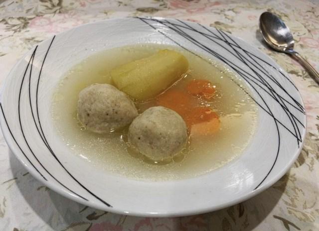 Sopa de Kneidalaj