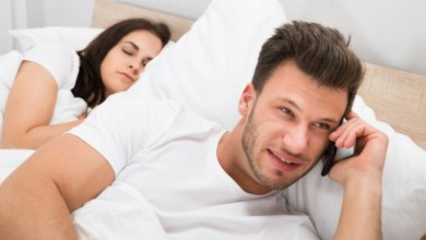 La suspicacia de una mujer para pillar a su esposo. 1