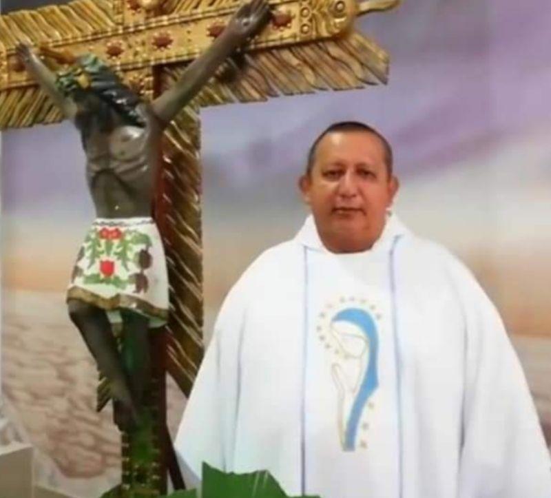 Murió el sacerdote RUBÉN DARÍO MENDOZA ARIAS. 1
