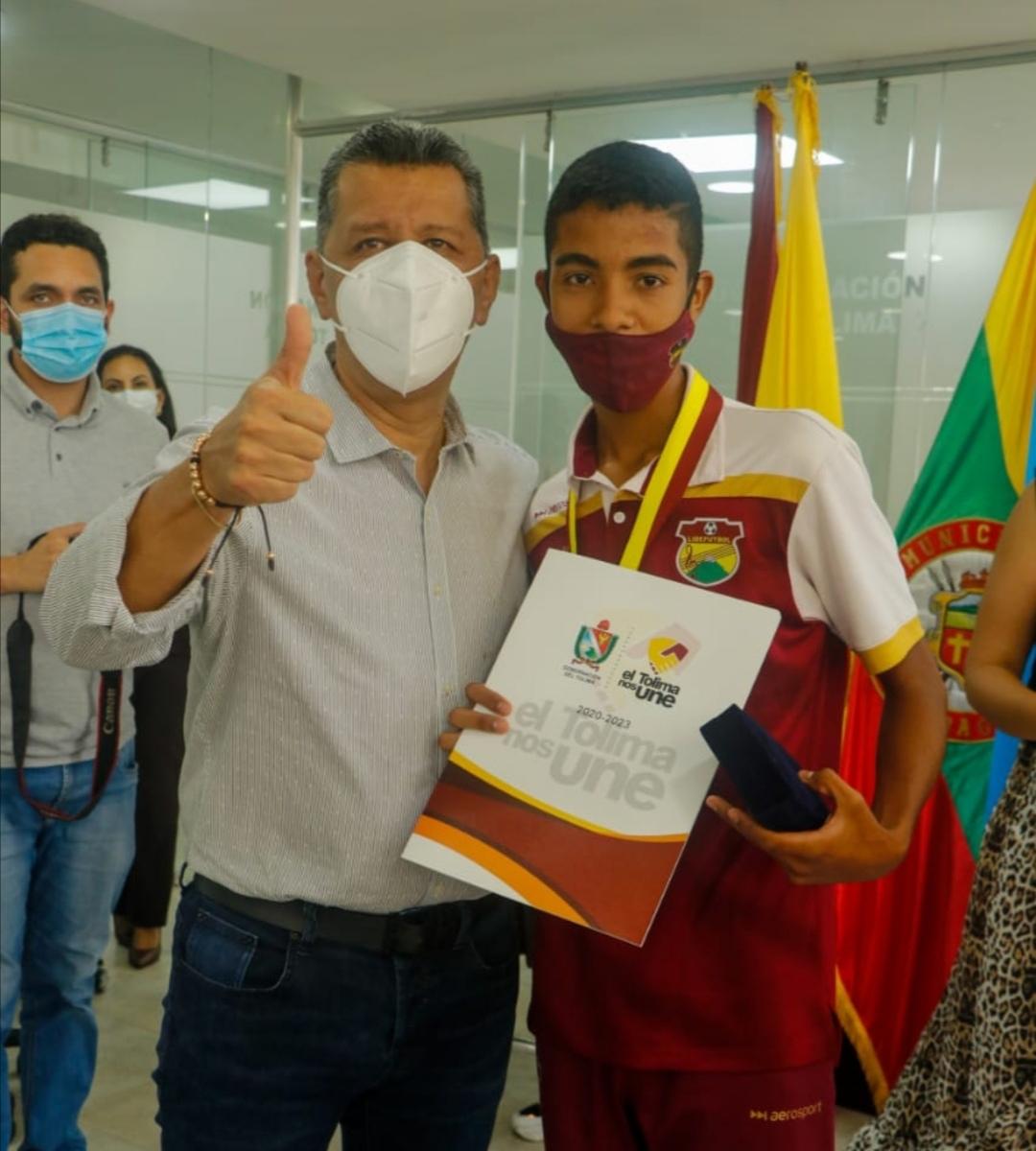 Selección Sub 13 de Fútbol recibió reconocimiento del gobierno departamental, por subtitulo en el Campeonato Nacional. 1