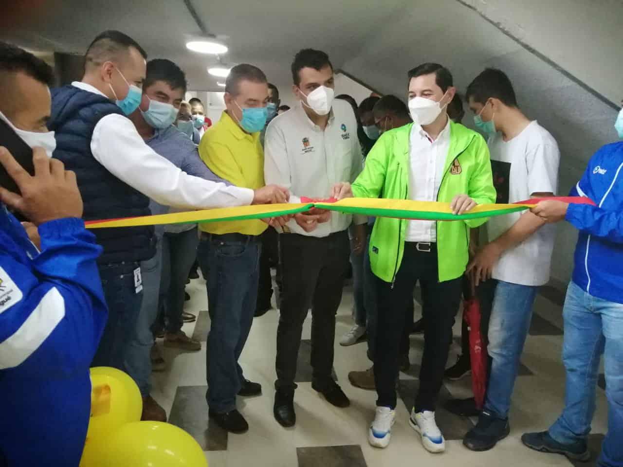 Alcalde Andrés Hurtado inauguró las nuevas obras del estadio Manuel Murillo Toro. 1