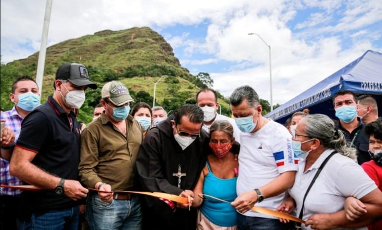 ¡Un sueño hecho realidad!. Gobernador Orozco inauguró puente de Gualanday Tolima. 5