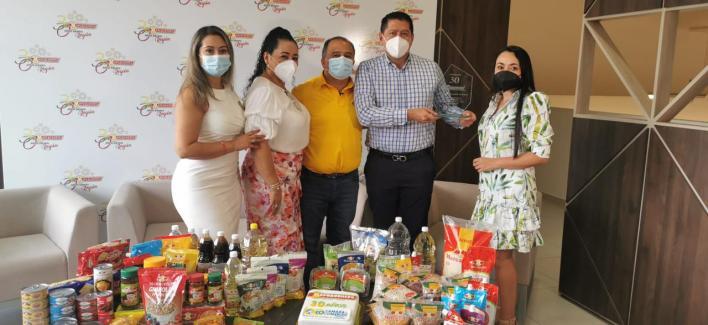 Cámara de Comercio de Ibagué realizó un reconocimiento a Supermercados Mercacentro. 2