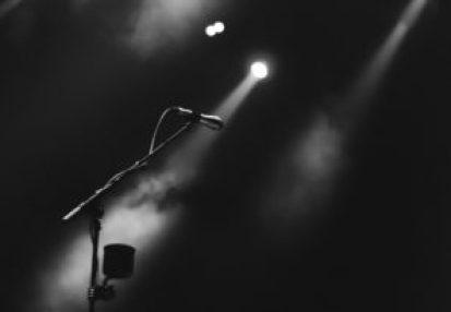 microphone-spotlight