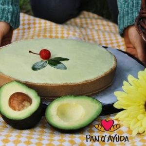 Pay de Aguacate con Causa