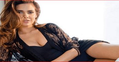Esha Gupta Miss India