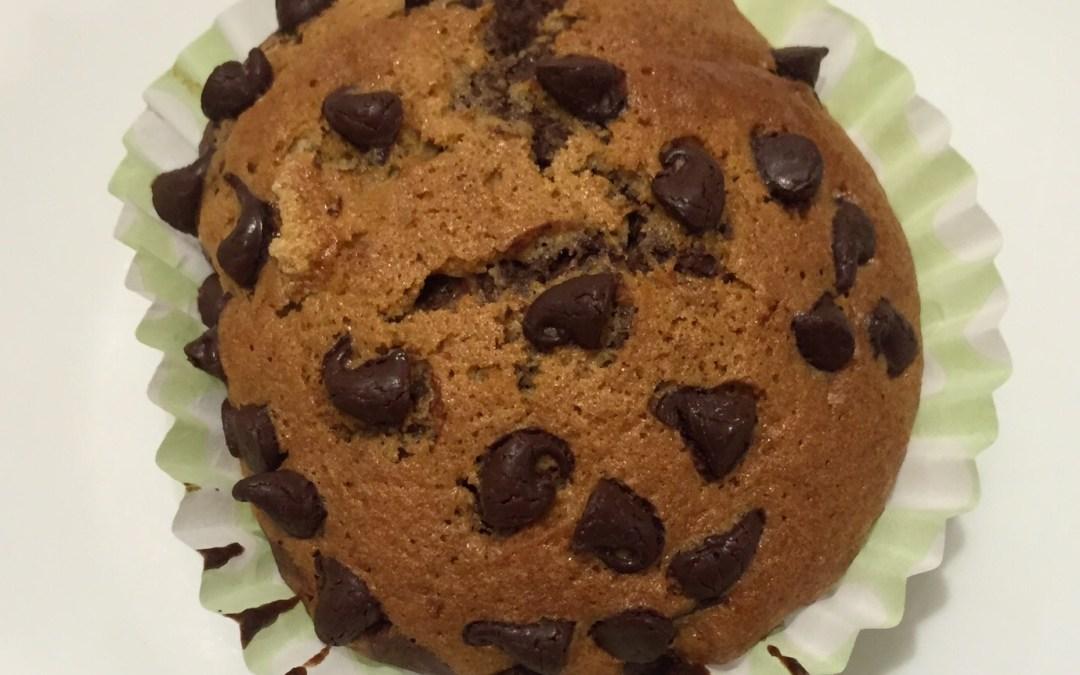 Magdalenas de avena sin gluten con trocitos de chocolate